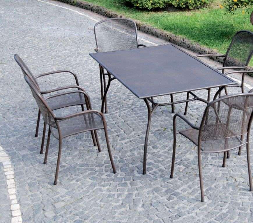 Tavolo tavoli sedie sedie poltrone ferro battuto esterno for Sedie per esterno in ferro