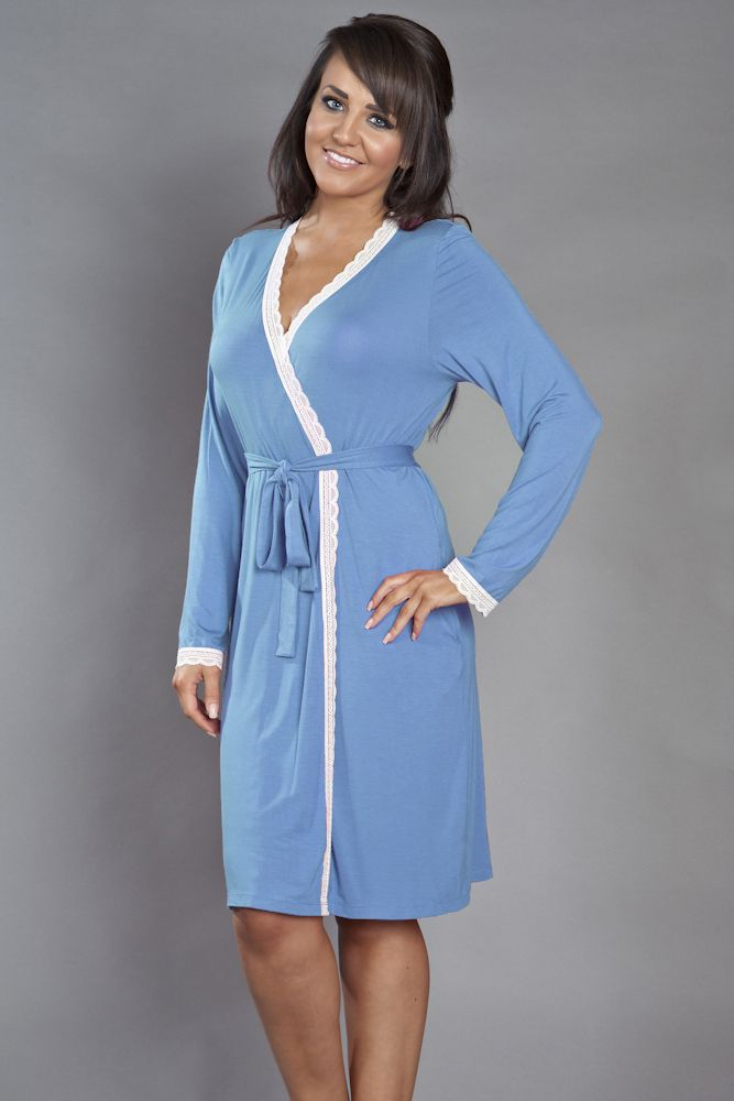 Relax at home in women's sleepwear. Create your own laid-back style for evenings in with women's sleepwear. Sears carries ladies' and juniors' pajamas in standard, plus and petite sizes that flatter any figure. Dress for lounging around the house and drifting off to sleep in quality nightwear.